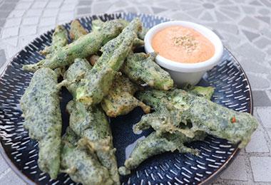 オクラの海藻風味天ぷら